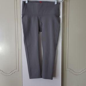 Spanx Ready To Wow capri leggings